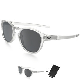photo_Oakley Latch sunglasses Matte Clear Black Iridium